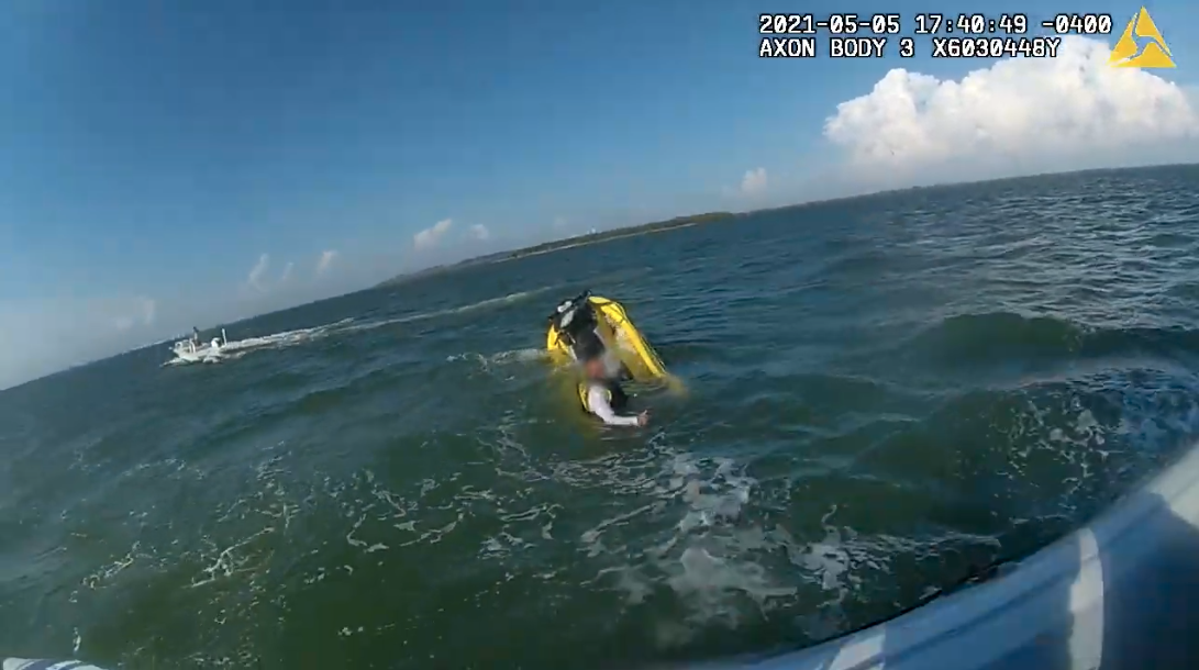 VIDEO: HCSO Marine Unit deputies rescue jet skiers